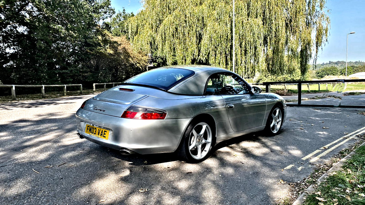 Porsche 996 C2 Cabriolet Tiptronic S Very low Mileage